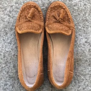 Worn ONCE Classy moccasin flats!